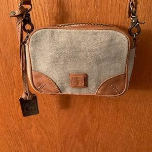 🌹FRYE🌹CAMERA BAG 🌹HANGTAG🌹LEATHER & CANVAS